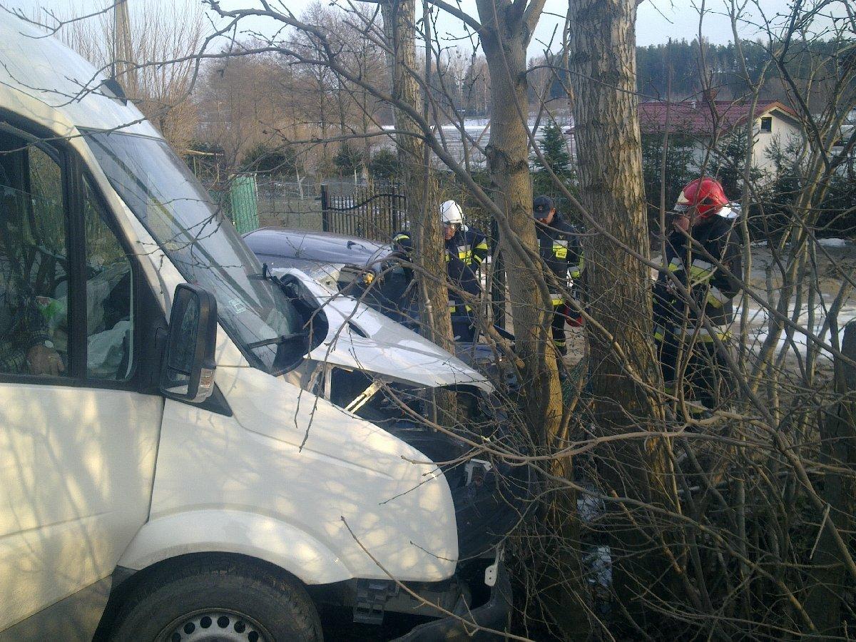 08-wypadek-osp-chwaszczyno-10-03-2011