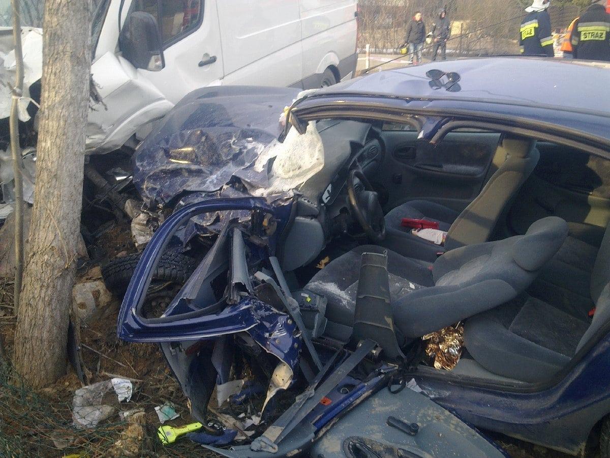 09-wypadek-osp-chwaszczyno-10-03-2011