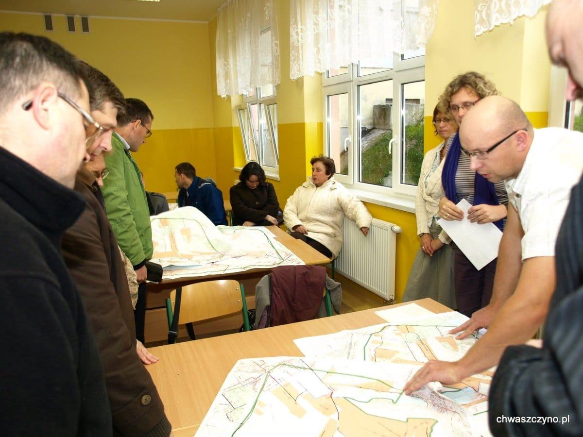 spotkanie-informacyjne-kanalizacja-w-chwaszczynie-2011-08