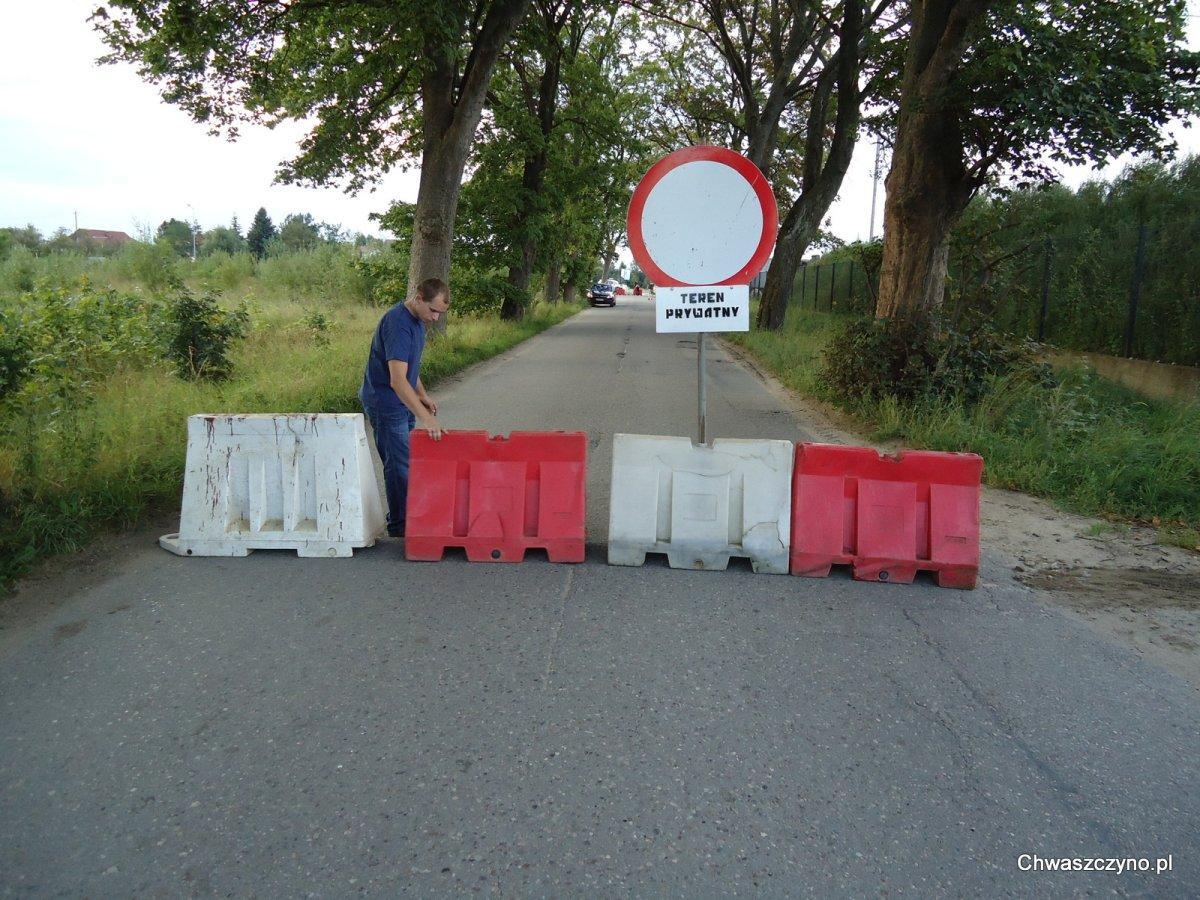 Prawie rok temu droga została zamknięta