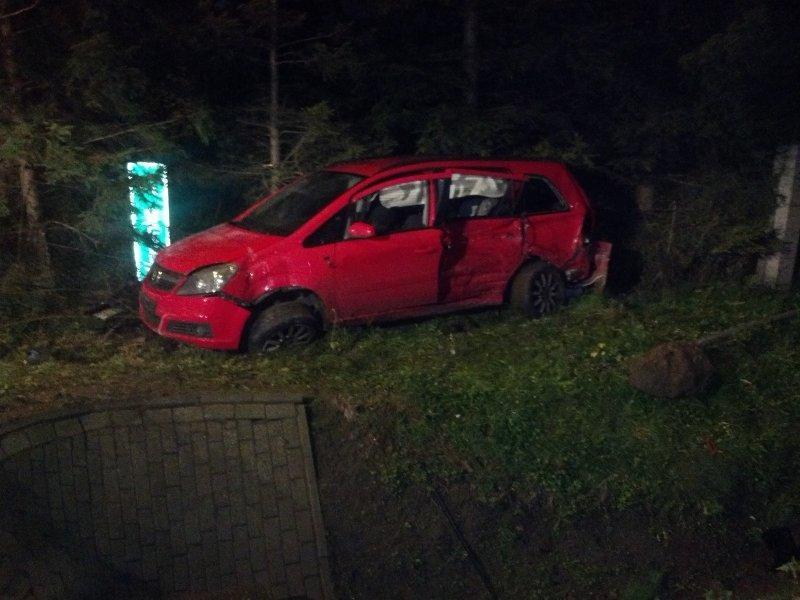 27-10-2013-osp-chwaszczyno-wypadek2