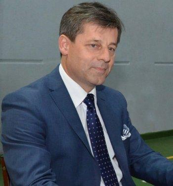 Piotr-Fikus